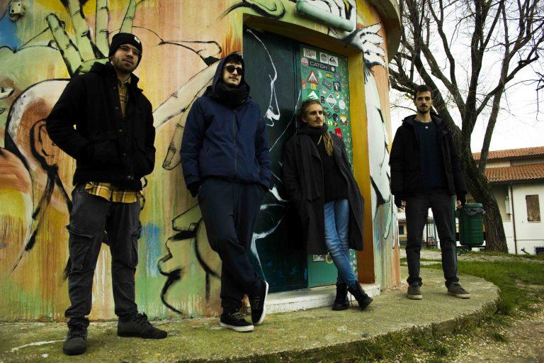'NELLA VASCA O NEL GIARDINO DI FIANCO?', il nuovo album di 'MATTEO POLONARA & MATAARA TRIO'.