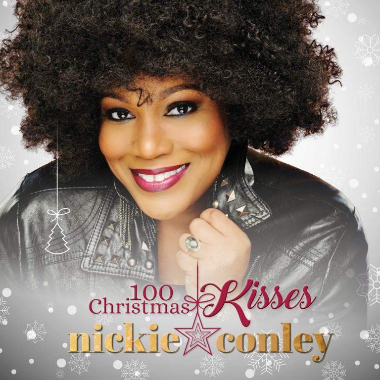 """Il nuovo singolo di Natale è """"100 Christmas Kisses"""" di Nickie Conley"""